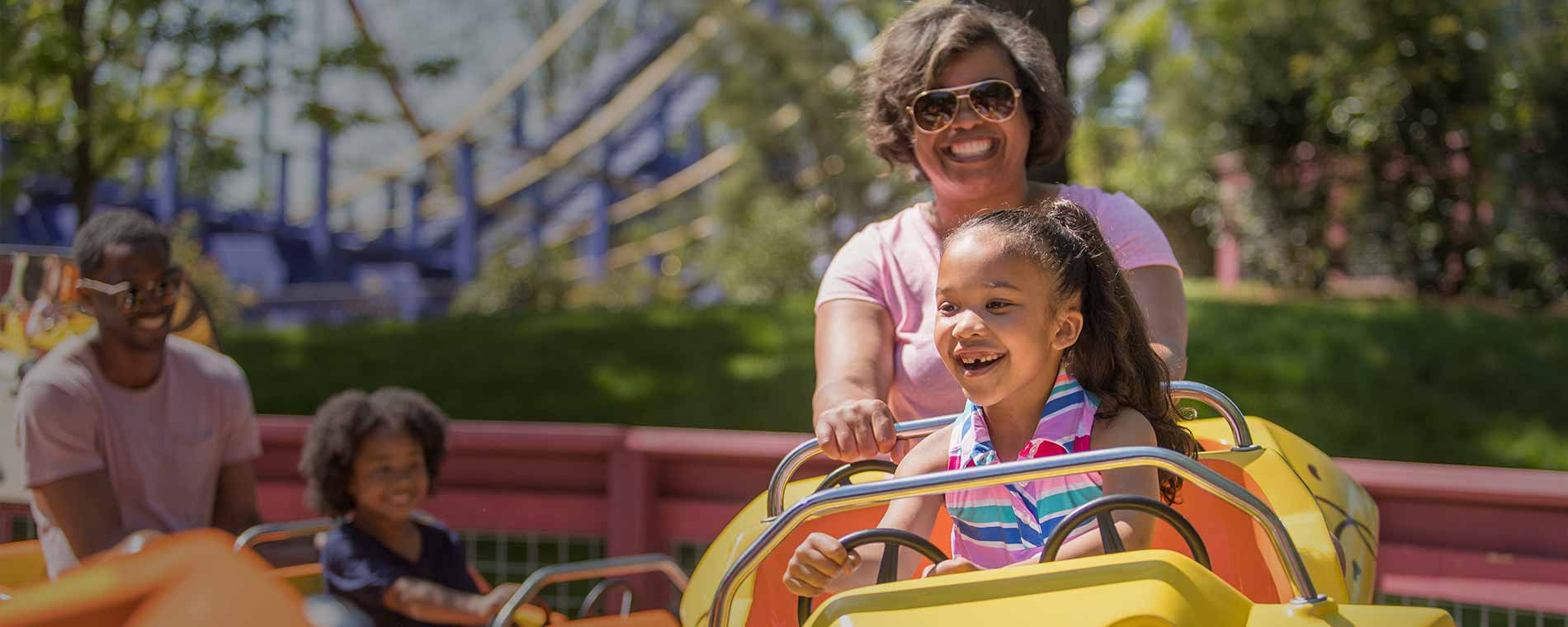 Park 'N' Play Deals during PEANUTS Celebration at Carowinds