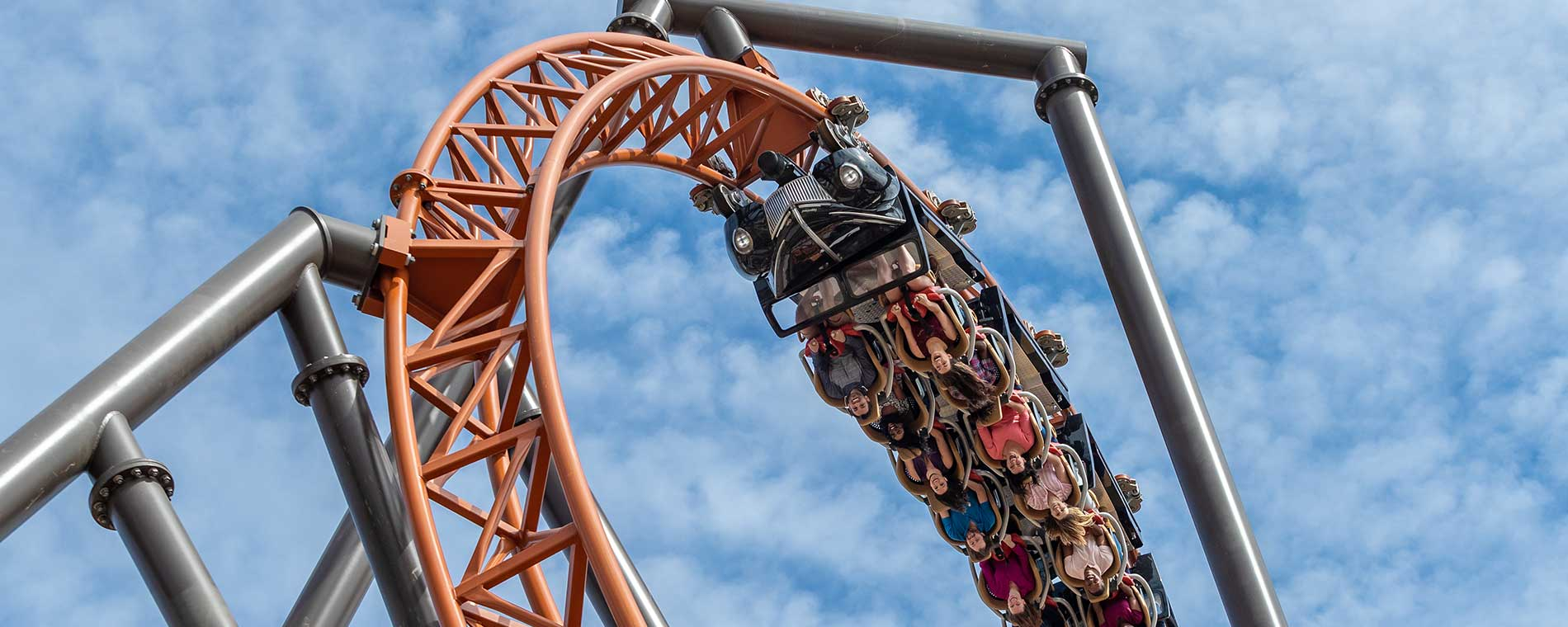 Copperhead Strike launched roller coaster at Carowinds