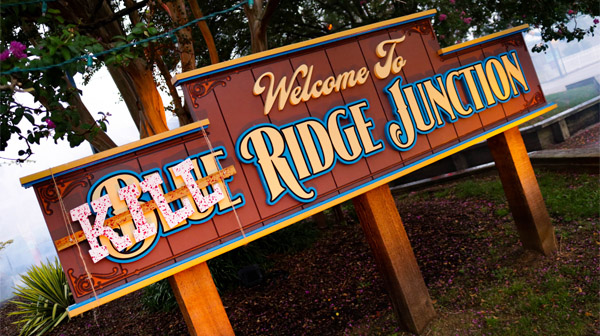 One of Scarowinds' halloween attractions, Blue Ridge Junction