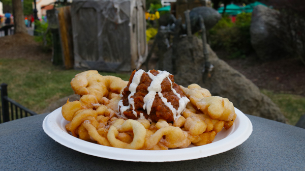 Eating a Scarowinds' Funnel Cake is one of the best things to do for Halloween!