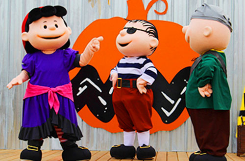 Charlie Brown's Pirate Adventure at Dorney Park's Halloween Event