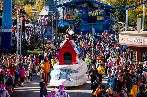 The Great Pumpkin Parade at Cedar Point's Halloween Event