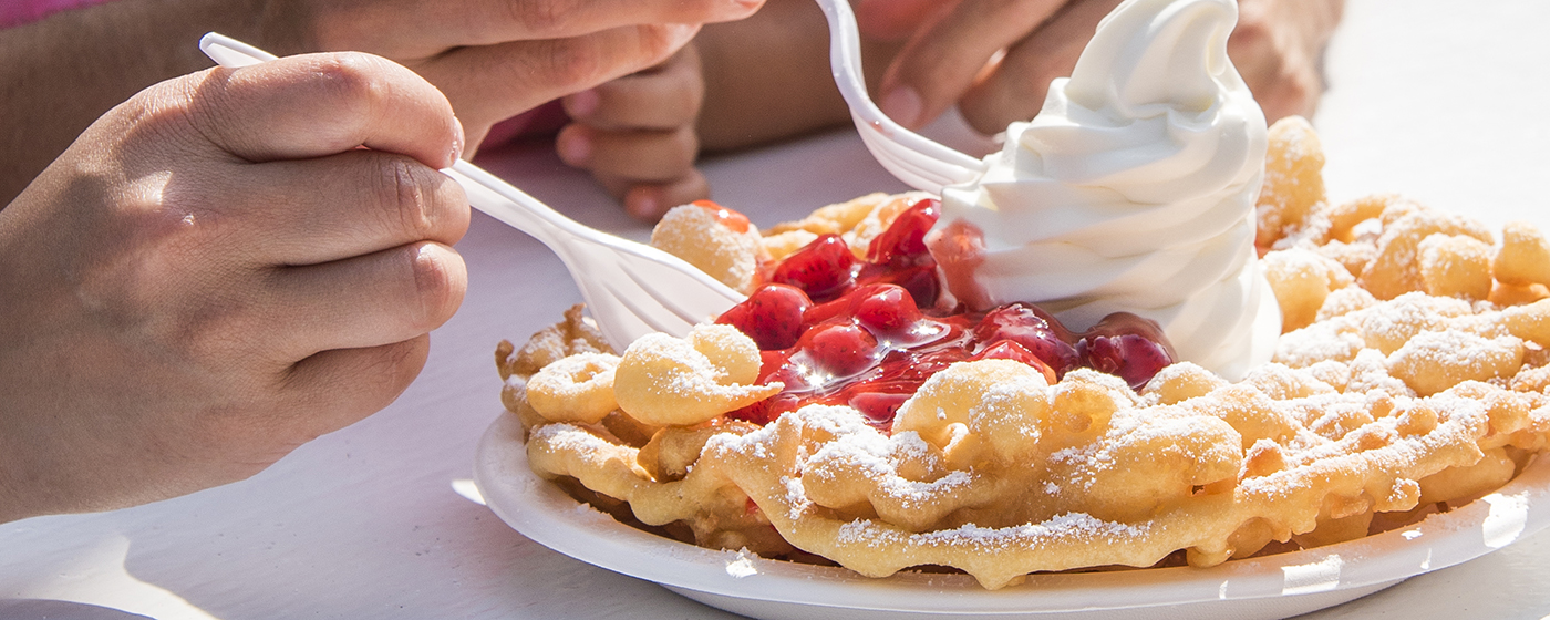 How To Make The Classic Canada S Wonderland Funnel Cake At Home Canada S Wonderland