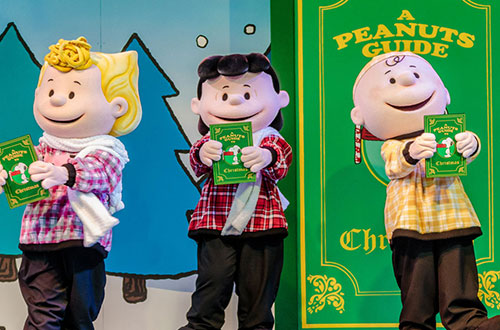 A PEANUTS Guide to Christmas at Canada's Wonderland