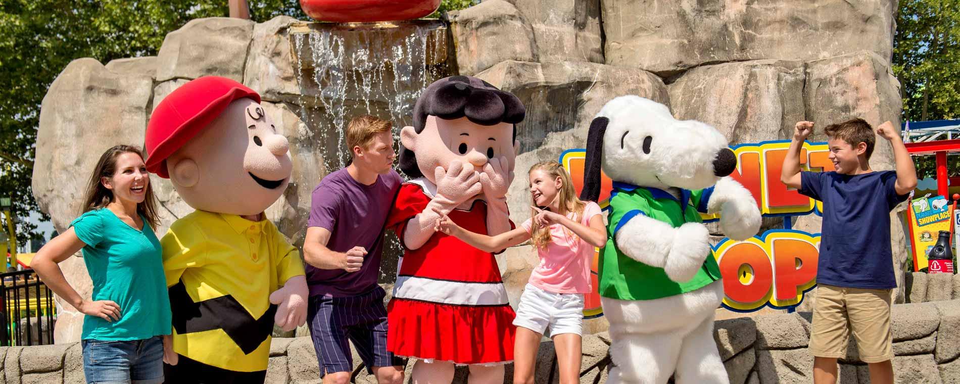 Character meet greet live entertainment dorney park character meet greet m4hsunfo