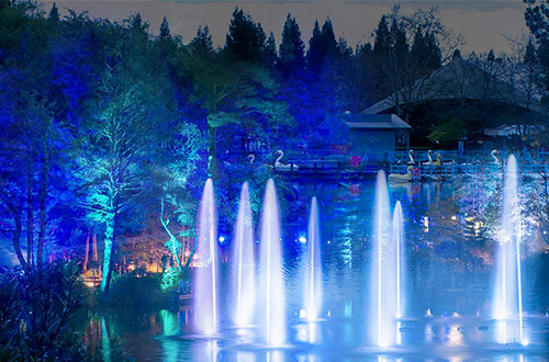 The Magic Of Season Returns To Gilroy Gardens In Holiday Night
