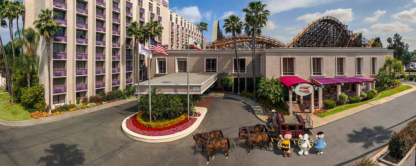 Stay Where You Play At The Knott S Berry Farm Hotel