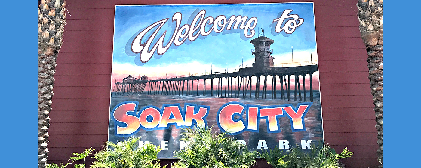 Top 3 Reasons to Rent a Cabana at Knott's Soak City Waterpark