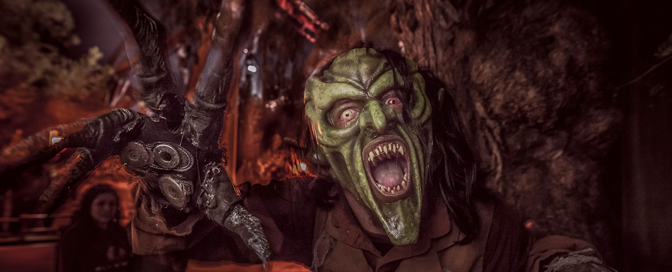 Knott's Scary Farm Nightmare Navigator and Event Guide