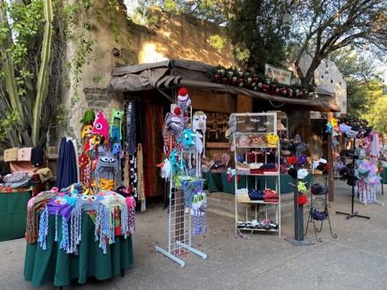 Knott Christmas Craft Village 2020 Knott's Christmas Crafts Village   Knott's Berry Farm