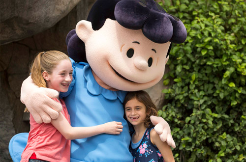 Lucy & Sally's At Knott's Peanuts Celebration