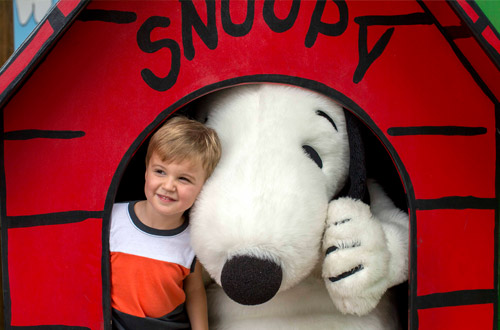 Peanuts Meet and Greets at Kings Island