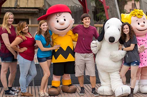 Snoopy & Peanuts Gang Meet & Greet