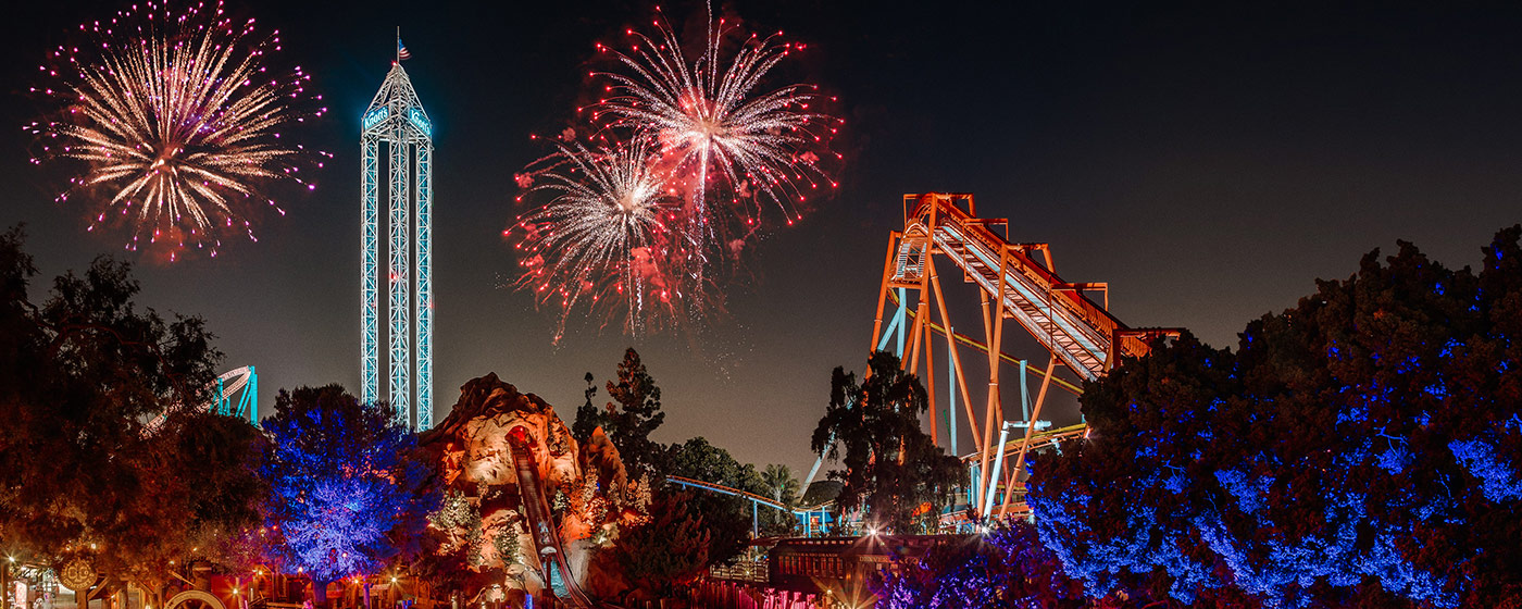 Christmas Los Angeles 2020 Firework Youtube New Year's Eve Celebration | Family NYE Event | Knott's Berry Farm