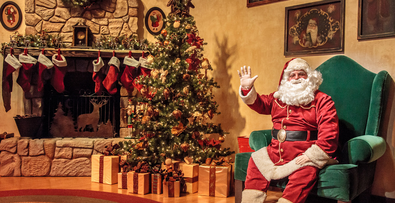 Santa\'s Christmas Cabin | Seasonal Dining | Knott\'s Merry Farm