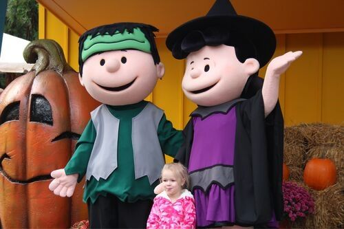 PEANUTS characters at Kings Dominion's kids Halloween events