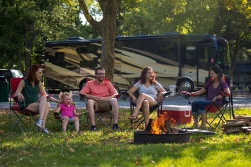 A family enjoying Kings Dominions KOA Camping in Virginia