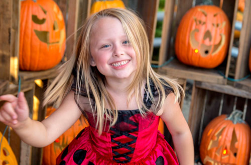 Lucy's Holiday Fashion Show & Costume Contest at Kings Island's Halloween Event