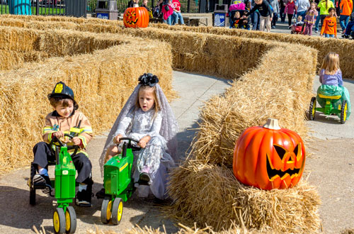 Shermy's Tractor Tour at Kings Island's Halloween Event