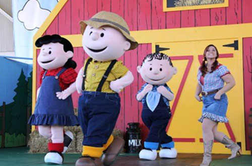 Charlie Brown's Hoedown at Kings Island