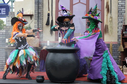 Live Shows at Tricks and Treats Fall Fest