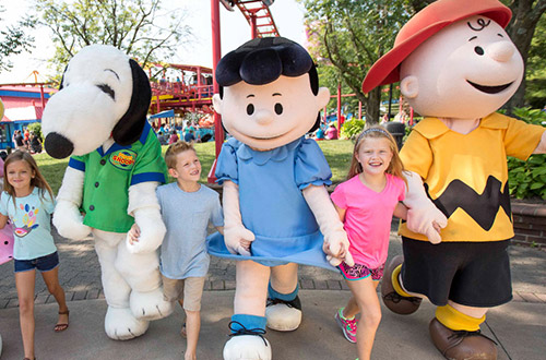 PEANUTS Gang at Kings Island