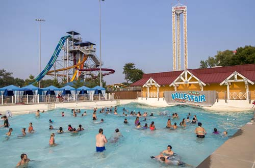Breaker's Bay Wave Pool
