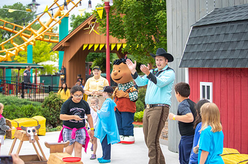 Cowboy Jamboree at Valleyfair's Peanuts Celebration