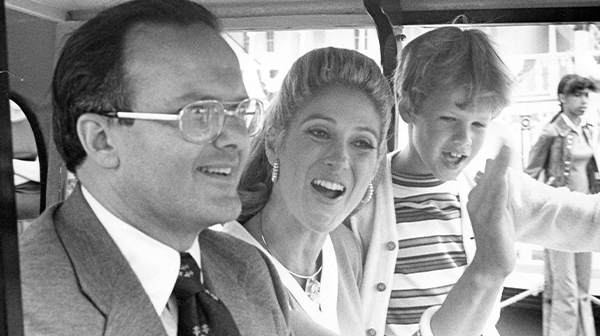Lamar Hunt founder of Worlds of Fun with his wife Norma Hunt and his son Clark Hunt