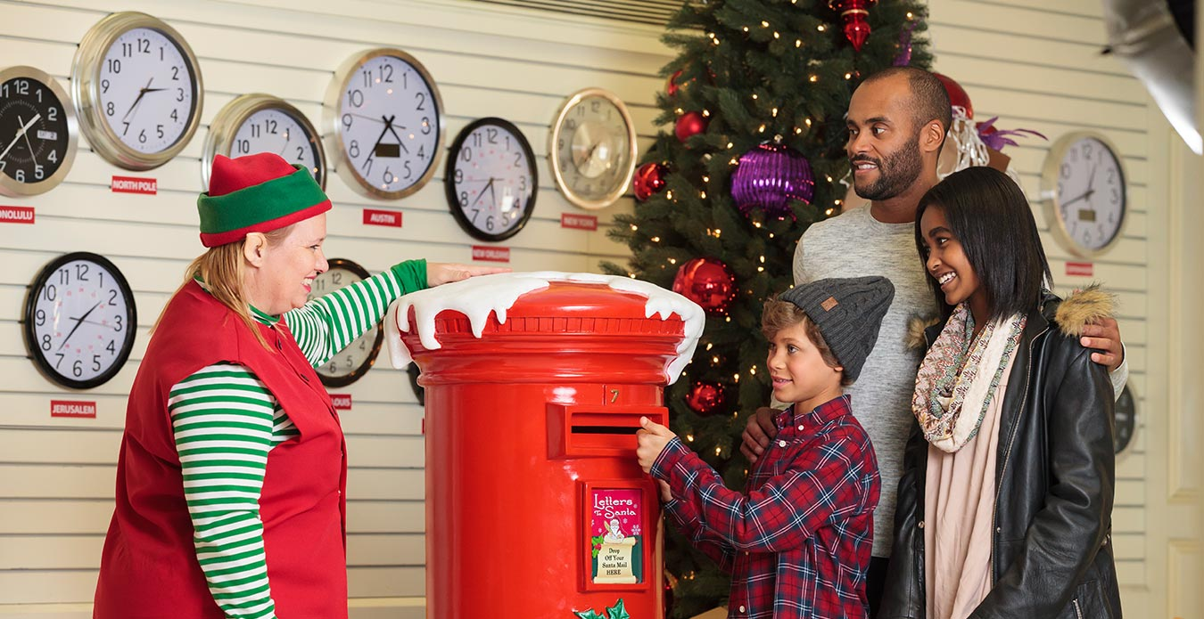 Post Office Hours Christmas Eve.North Pole Post Office Winterfest Attractions Worlds Of Fun